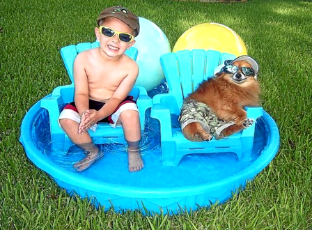 2 Bros Chillin' in the Pool